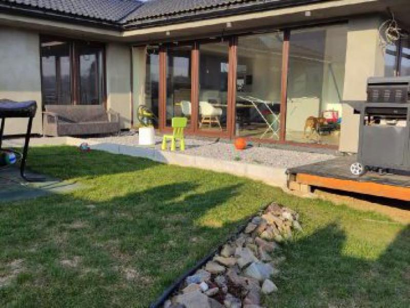 Dražba rodinného domu se zahradou v Loděnicích u Berouna