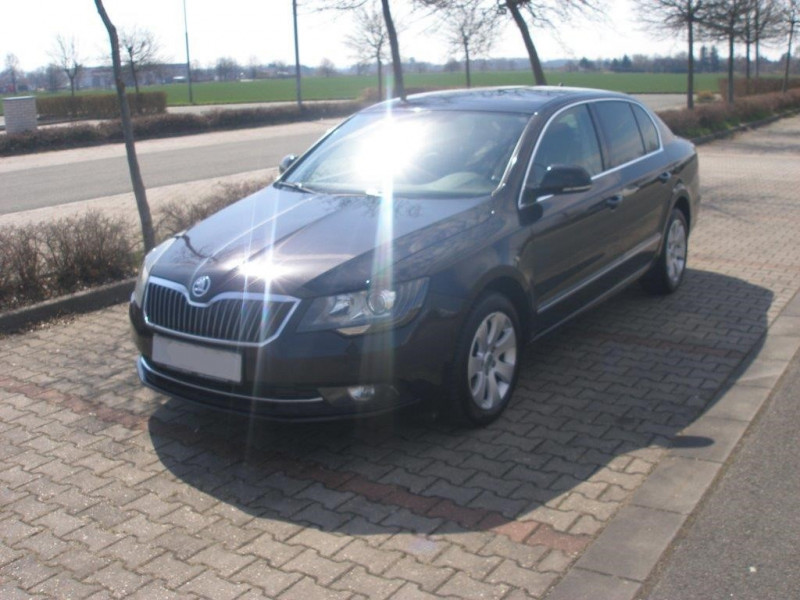 Aukce automobilu Škoda Superb, rok 2015
