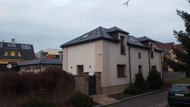 Dražba rodinného domu - Třeboradice, Praha 9