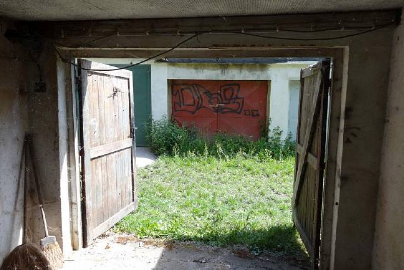 Dražba 1/2 garáže - Praha, Veleslavín