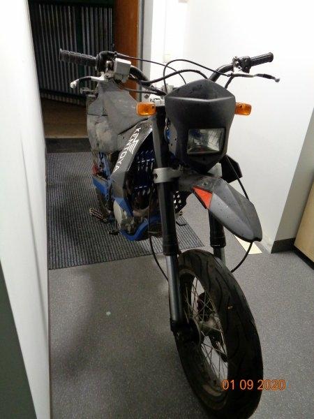 Dražba motocyklu Apollo RX125 A36B - Velký TP a techn. údaje ve fotogalerii