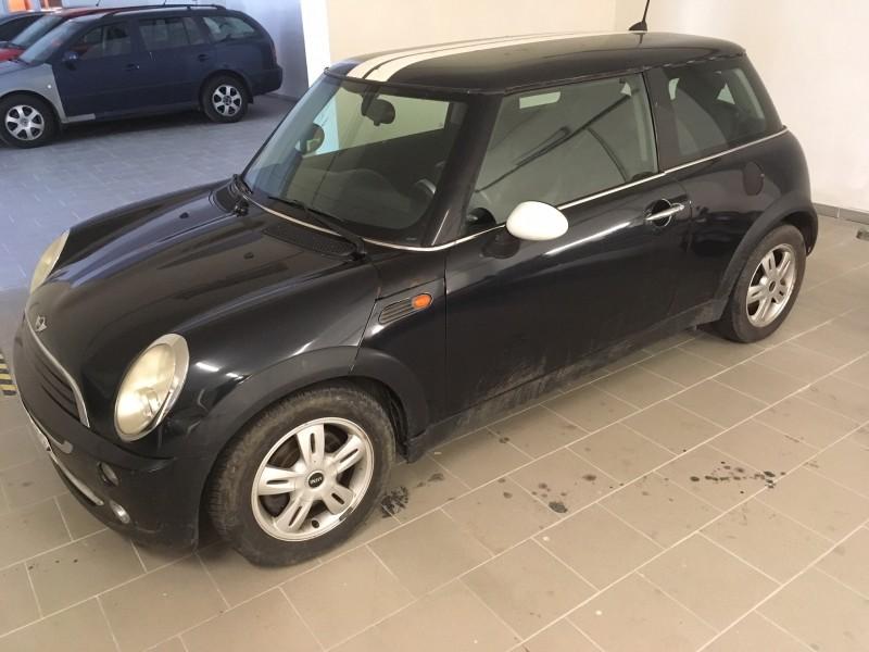 Dražba automobilu Mini One, rok 2006