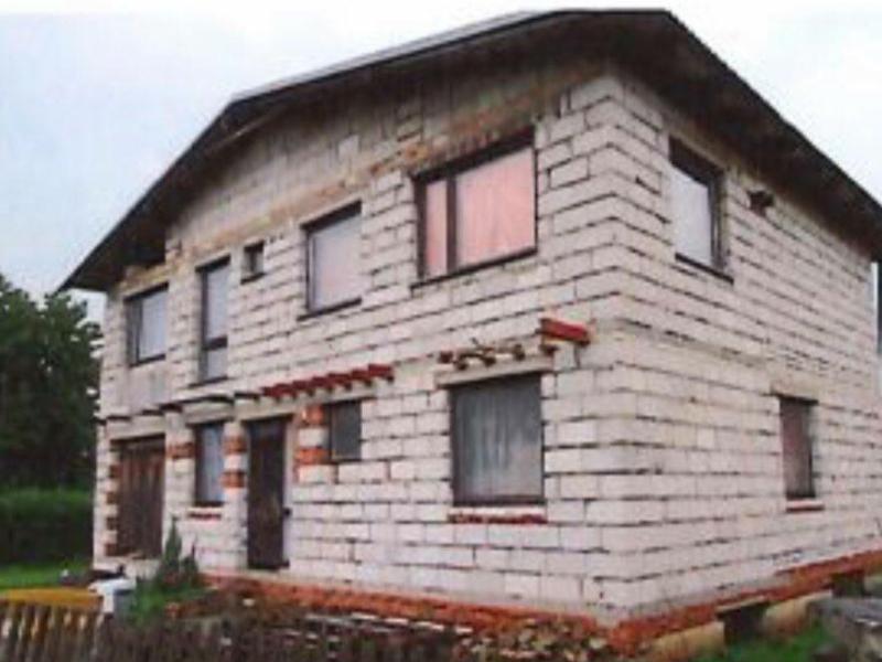 Dražba rodinného domu, Praskolesy