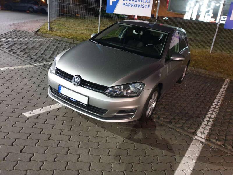 Prodej automobilu Volkswagen Golf Variant VI 1.6 TDi nejvyšší nabídce