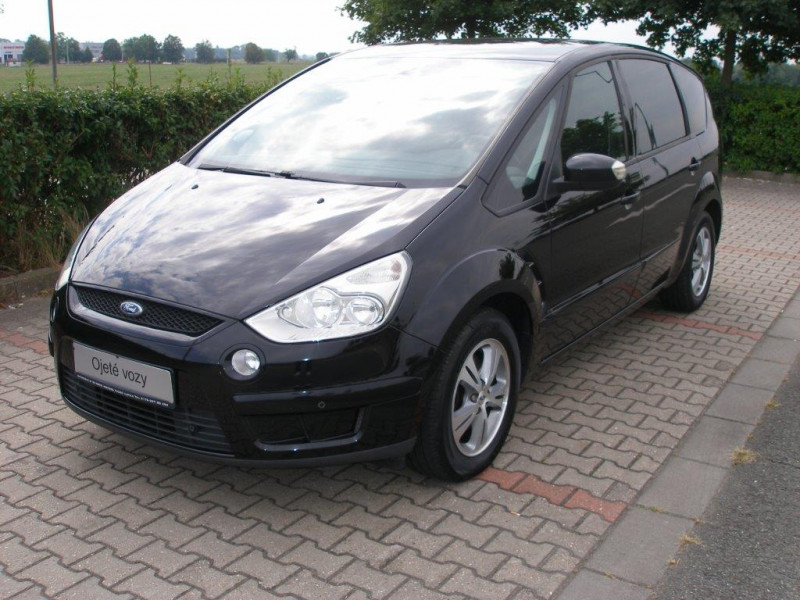 Aukce automobilu Ford S-Max